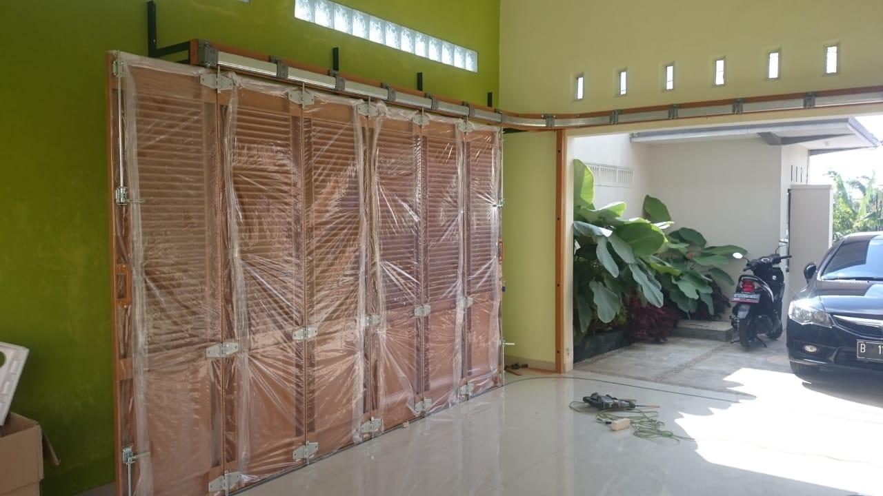 pintu besi wina 2